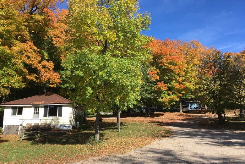 MN resorts for sale Kimp's Kamp lakeside cabins