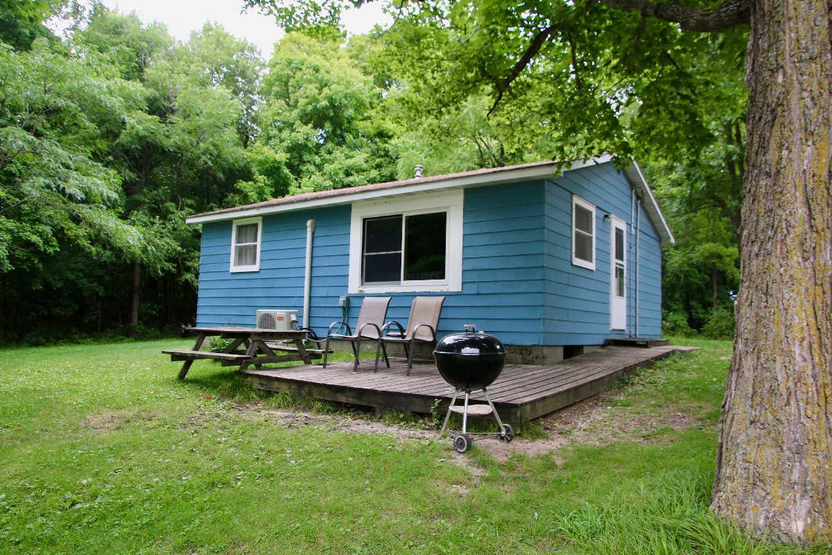 MN resorts for sale Kimp's Kamp cabin #2