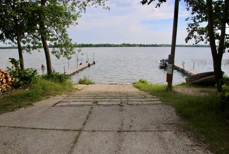 MN resorts for sale Kimp's Kamp boat ramp