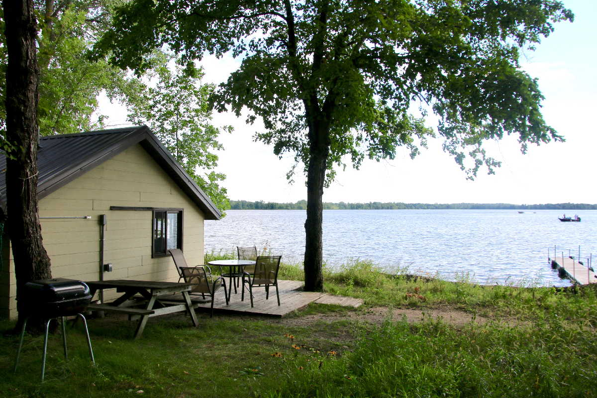 MN resorts for sale Kimp's Kamp Lakeview cabins