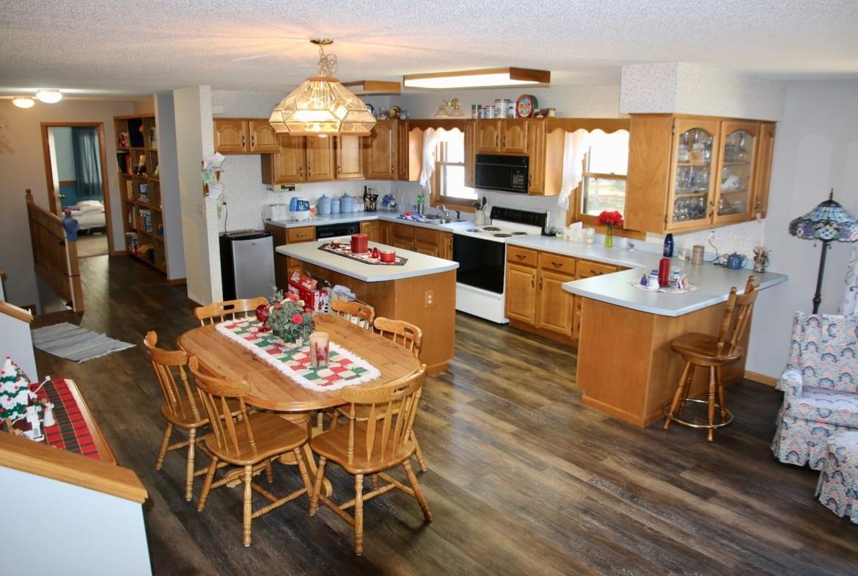 Four Seasons MN Resort for sale kitchen