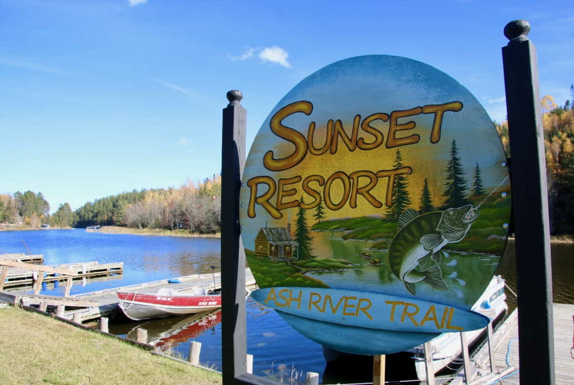 sign Sunset Resort for sale northern MN