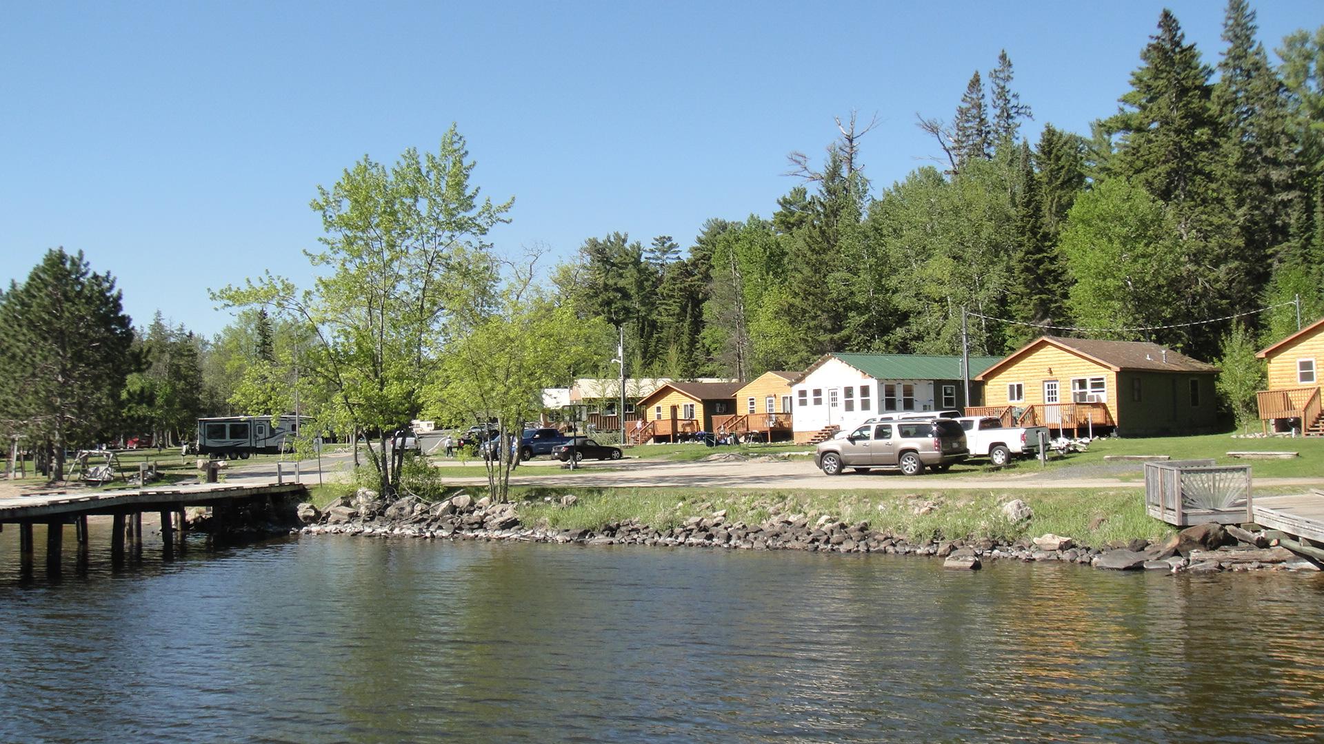 MN Resort for Sale Voyageurs Sunrise lakeside